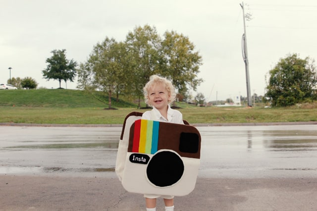 instagram camera costume (+ tutorial) | handmade halloween costumes for kids | halloween costumes for kids | kid friendly halloween costumes | homemade halloween costumes | easy halloween costumes | DIY halloween costumes || See Kate Sew