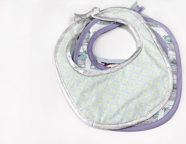 Free Bib Pattern | Sew a Baby Bib | Sewing Pattern
