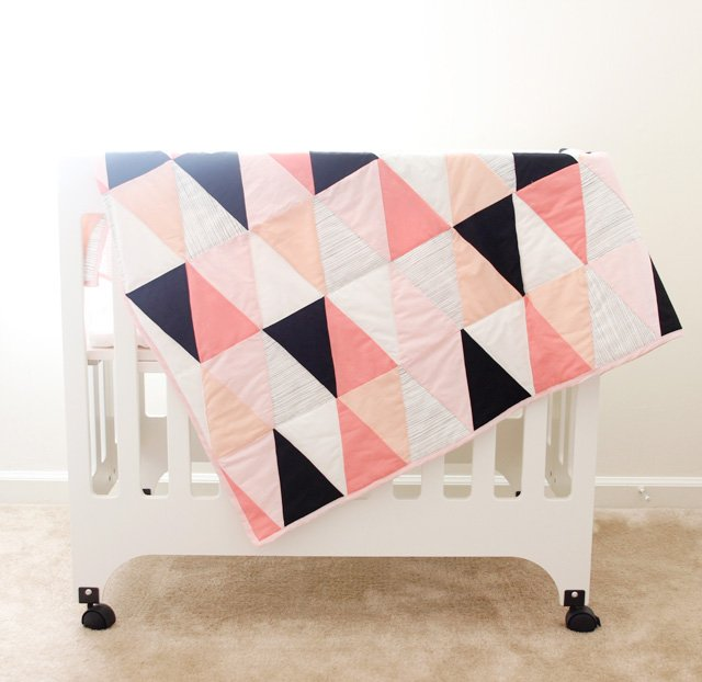 modern ombre + b/w triangle quilt tutorial + pattern - see kate sew : baby blanket quilt patterns for free - Adamdwight.com
