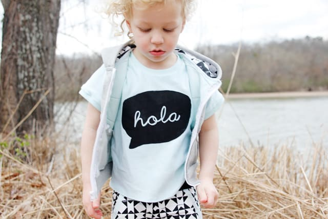 hola speech bubble shirt // see kate sew