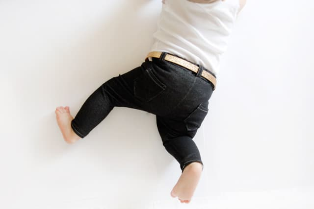 gold baby belt and diy jeggings /// see kate sew