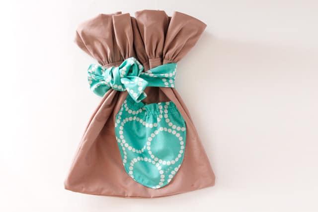 fabric-gift-bag-tutorial-1