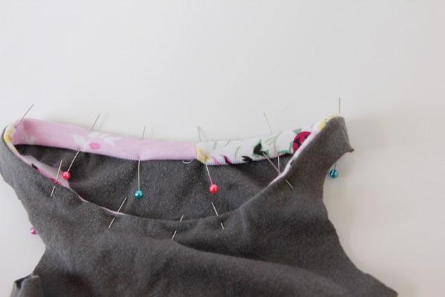 bound-neckline