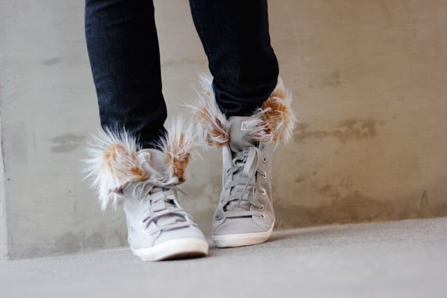 faux-fur-high-top-diy