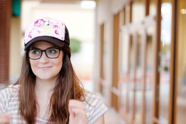 Floral trucker hat | DIY hats | How to make a sun hat out of fabric | How To Make A Sun Hat For A Cooler And Fresher Summer | Sewing