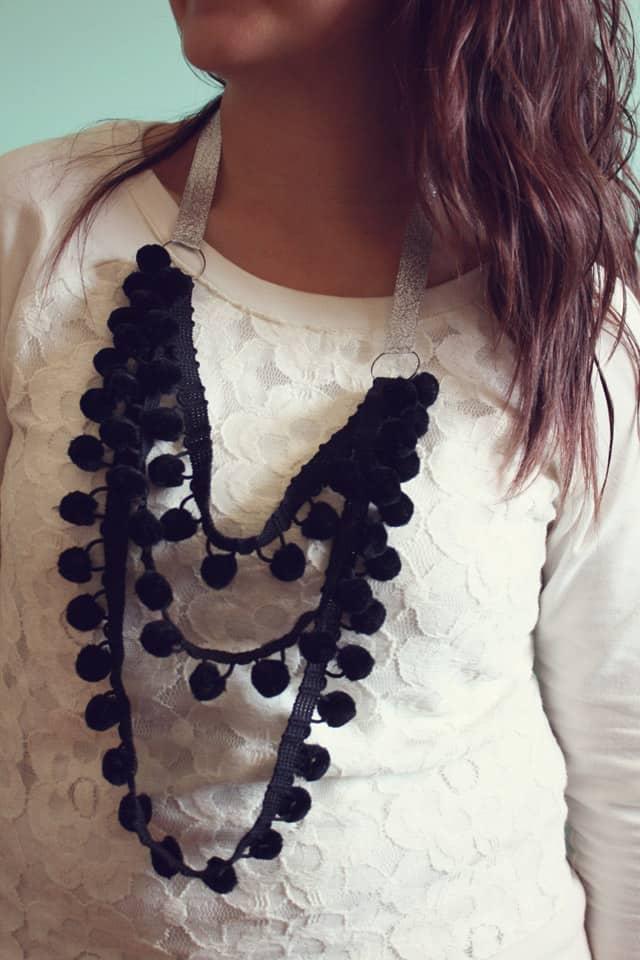 pom necklace 16