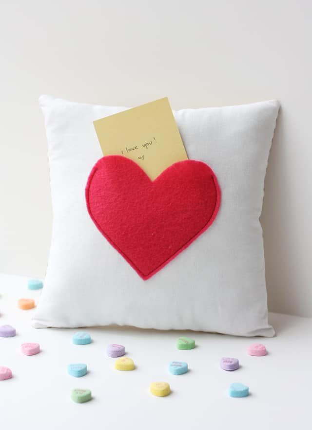 cushion craft ideas secret pocket pillow tutorial see kate sew 1824