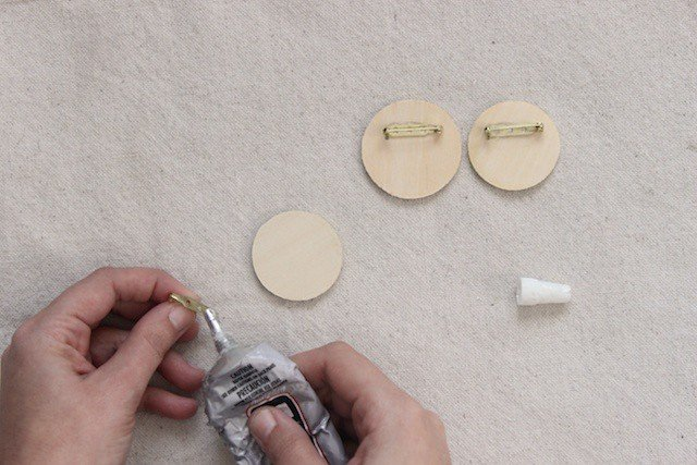 DIY Scrap Fabric Spring Brooches - Step 5