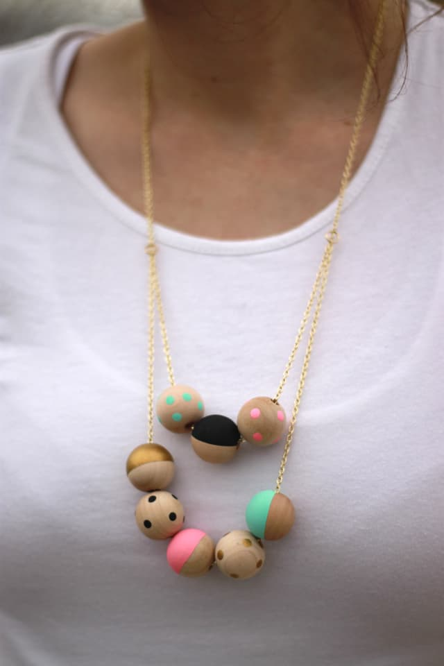 Painted Wood Necklace Tutorial - see kate sew