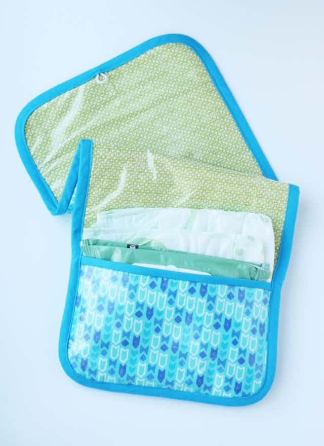 15-diaper-clutch