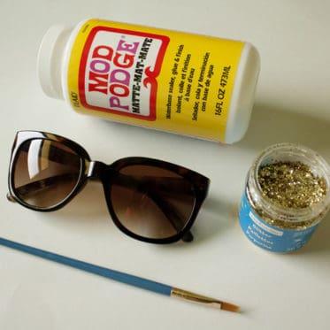 DIY glitter sunnies