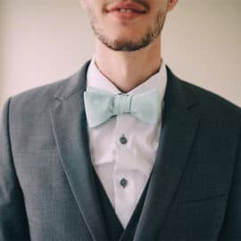DIY bow tie // seekatesew.com