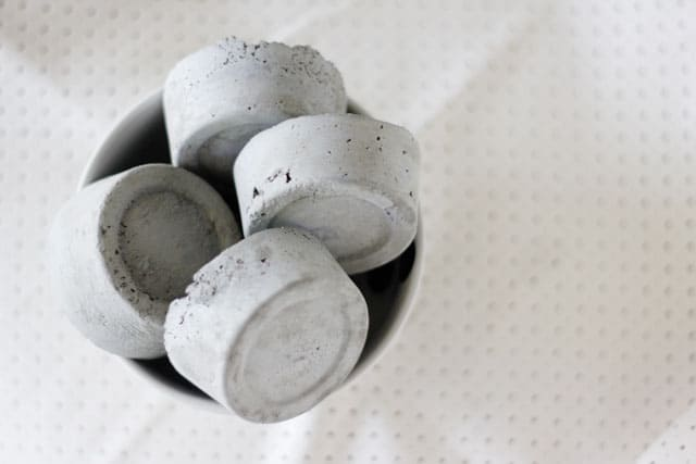 DIY cement pattern weights