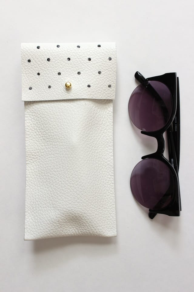 No-Sew Leather Glasses Pouch 1