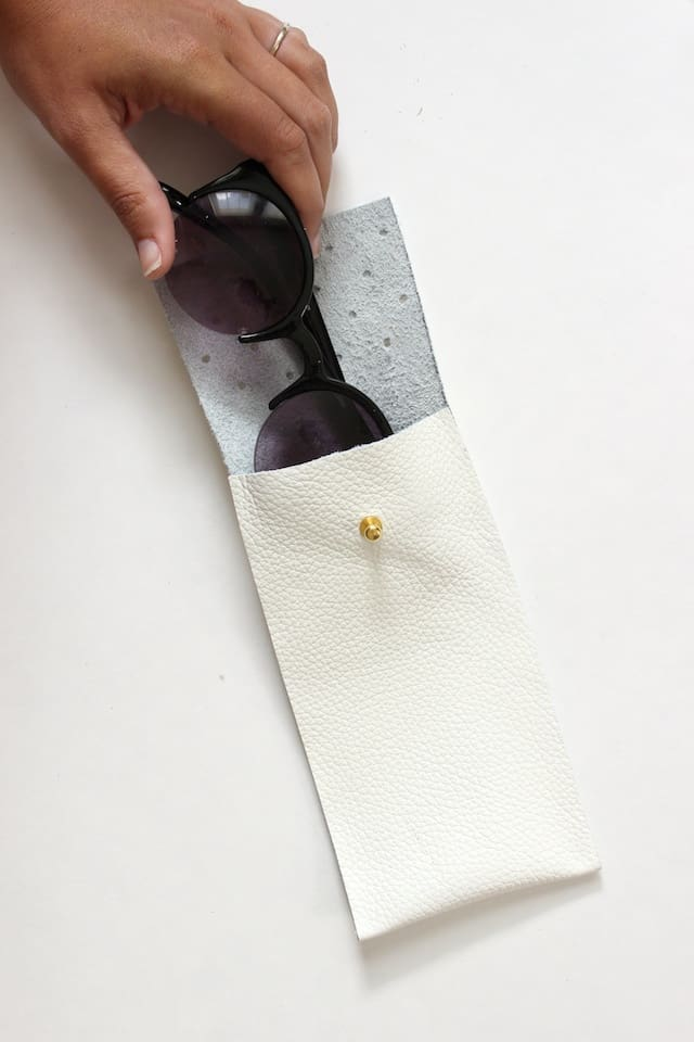 No-Sew Leather Glasses Pouch 2