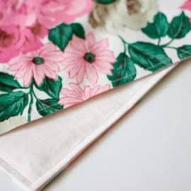 DIY floral placemats // seekatesew.com