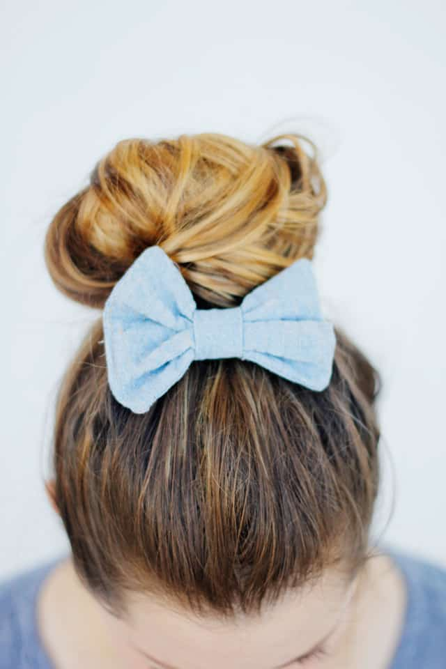 hair bow with metallic thread