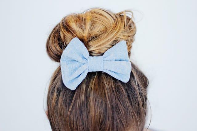 hair bow with metallic thread