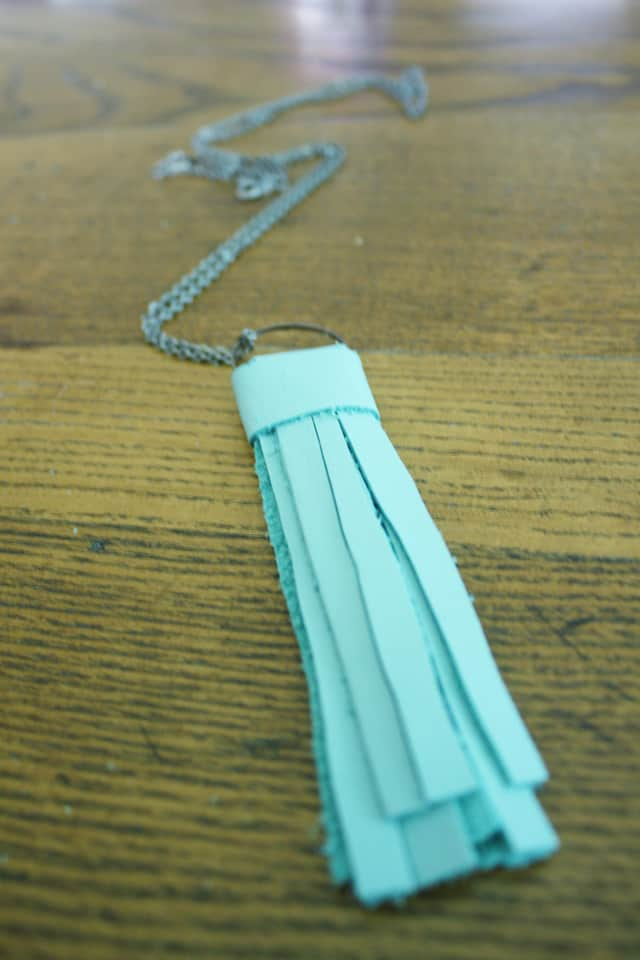 tassel necklace 08