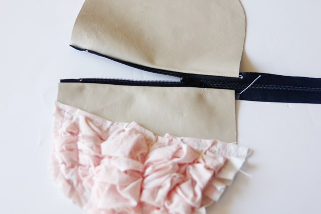 fabric-and-leather-pouch-tutorial-20