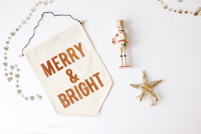 merry-and-bright-3