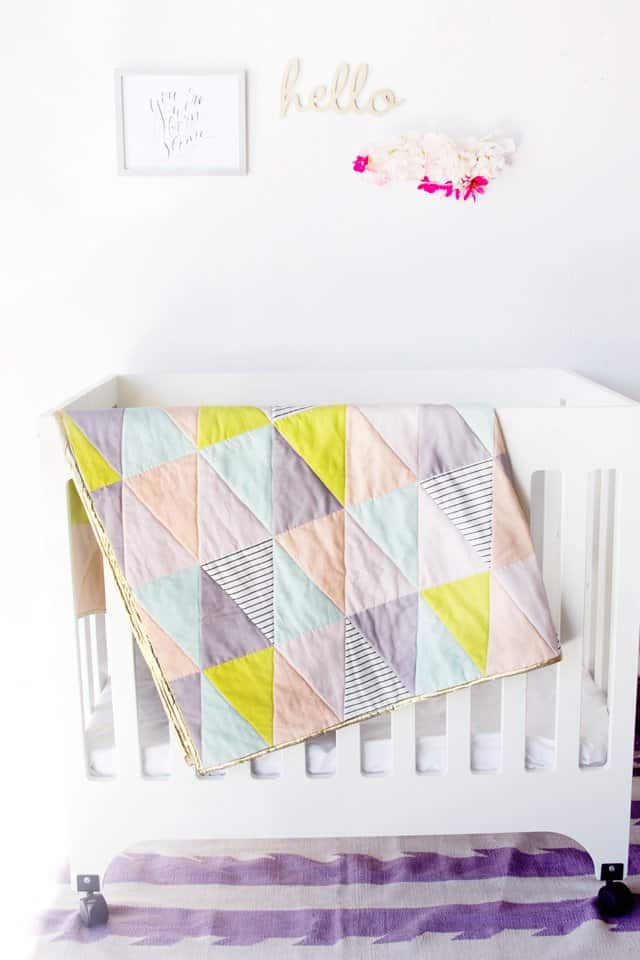 "One Hour Triangle ""Quilt"" Tutorial 