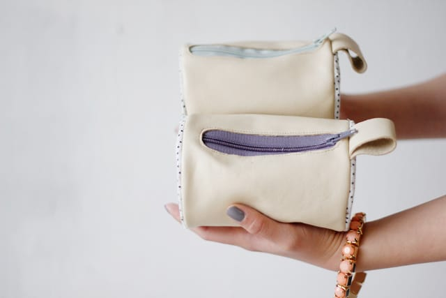 Round Pouch with Zipper