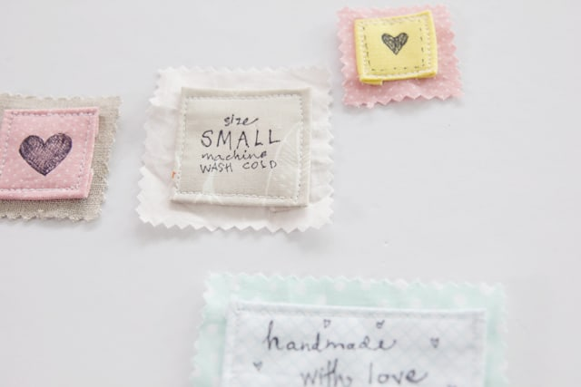 handmade-labels-with-fabric-pen-2