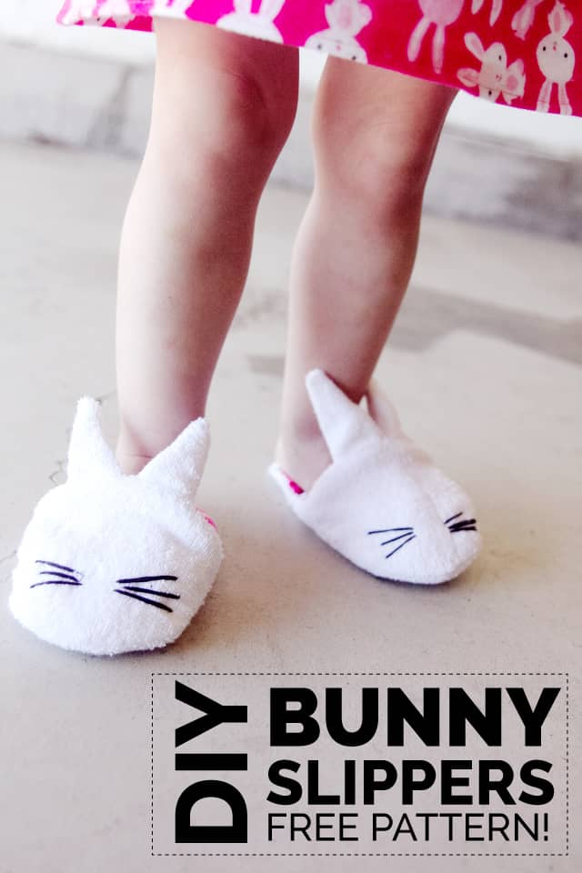 DIY bunny slippers with free pattern download