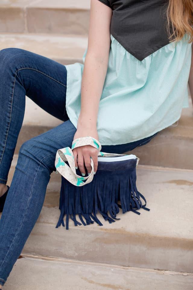 Leather Fringe Bag DIY | diy handbag | diy bag | diy leather bag | fringe accessories | sewing tutorials || See Kate Sew #sewing #sewingtutorial #leatherbag #fringebag