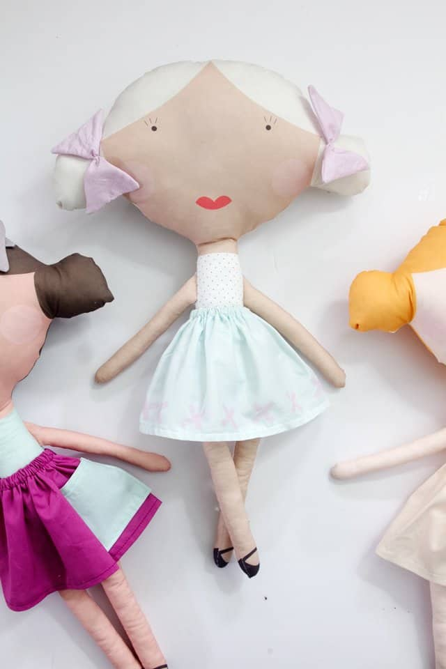 printed-doll-fabric-tutorial-16
