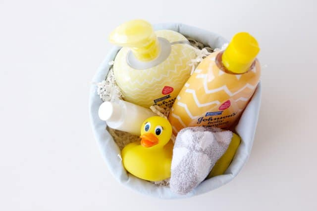 baby-bath-basket