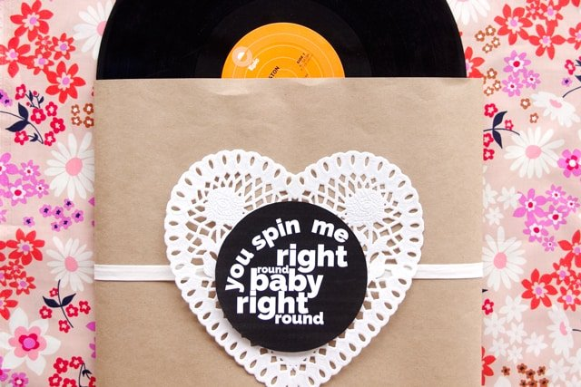 RECORD SLEEVE VALENTINE | See Kate Sew