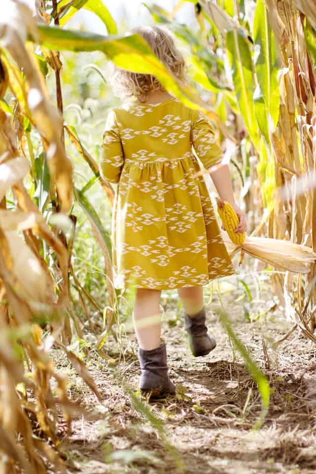 Pippa Peplum with April Rhodes Fabric |Knit Fall Dresses for Girls | fall fashion for kids | kids fall fashion | fall dresses for girls | fall fashion for girls | kid friendly fall fashion | kids clothing tutorials || See Kate Sew #girlsfalldresses #girlsfallfashion #diyfalldress #seekatesew
