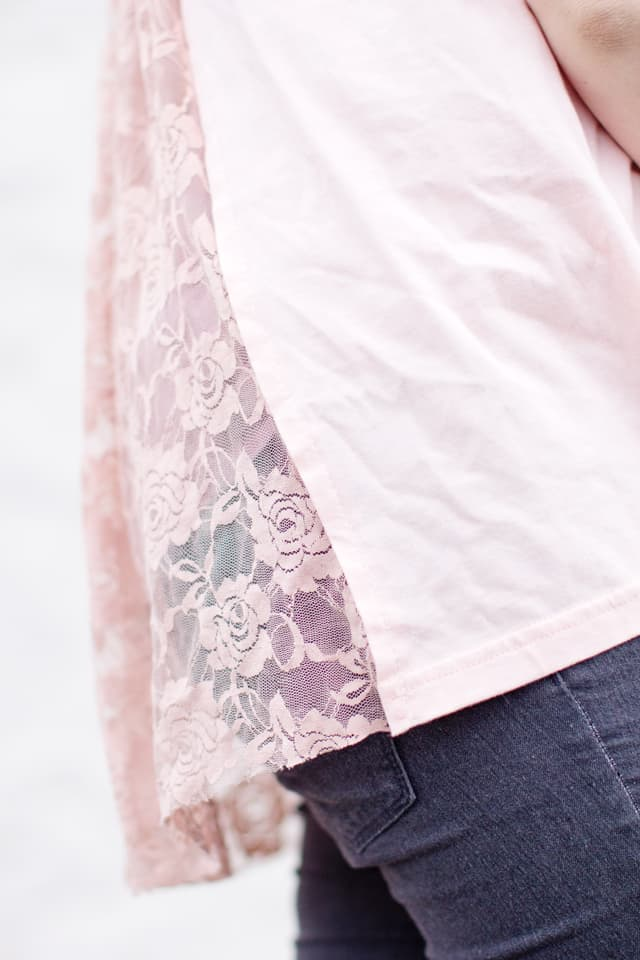 Lace Back Tee Hack | 10 Ways to Refashion a Basic Tee | 10 T-Shirt Hacks | t-shirt sewing tips | sewing tips and tricks | easy sewing tutorials | how to re-use an old t-shirt || See Kate Sew #sewingtutorial #tshirthack