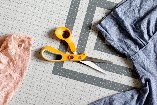 scissors-cameo