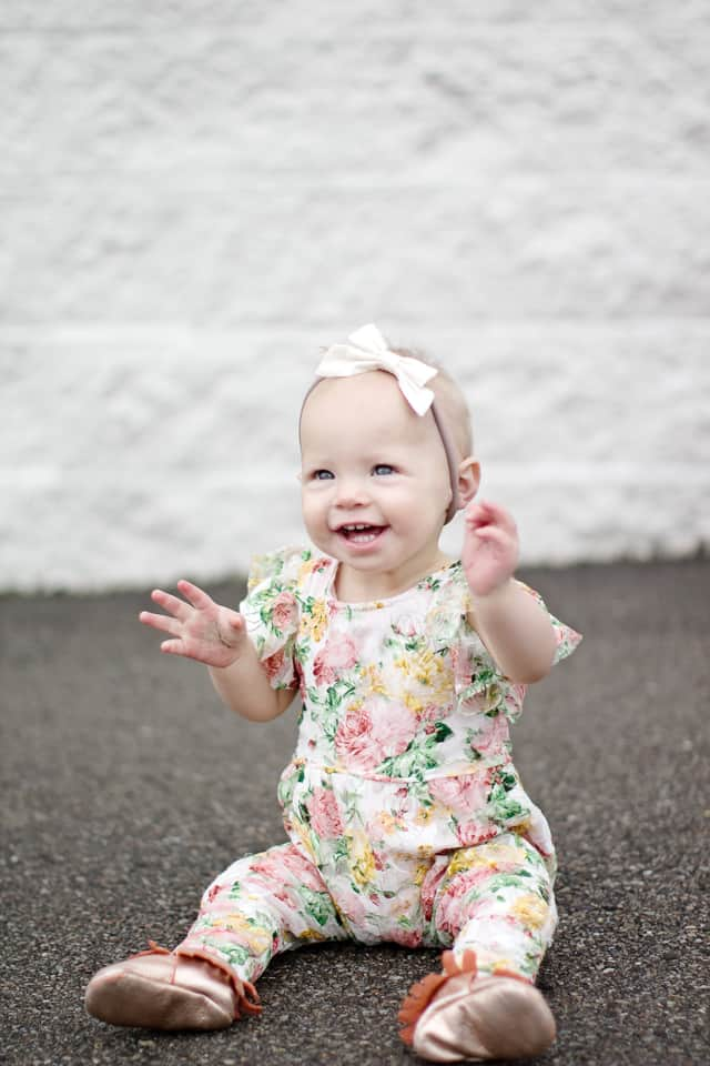 Free Patterns and Tutorials for Rompers and Onesies Masterlist pm. For all masterlists, scroll to the bottom of this page. Summer Romper, 2. Baby Shortall, 3. Jumpsuit, 4. Onesie. Toddler Patterns. 1T-2T { months} 1. Ruffle Sunsuit, All Ages Patterns. Patterns with several sizings. 1.