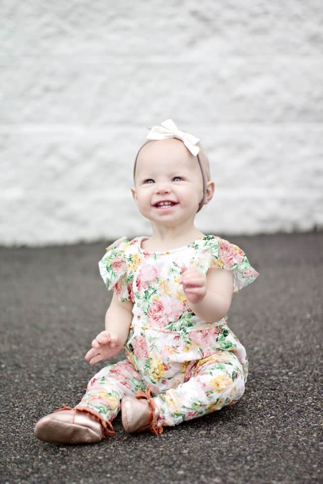 lace summer baby romper   diy baby romper   diy baby clothing   sewing tutorials   free sewing patterns   baby romper pattern   baby romper tutorial    see Kate sew #sewingtutorial #babyromper #diybaby #babyclothing