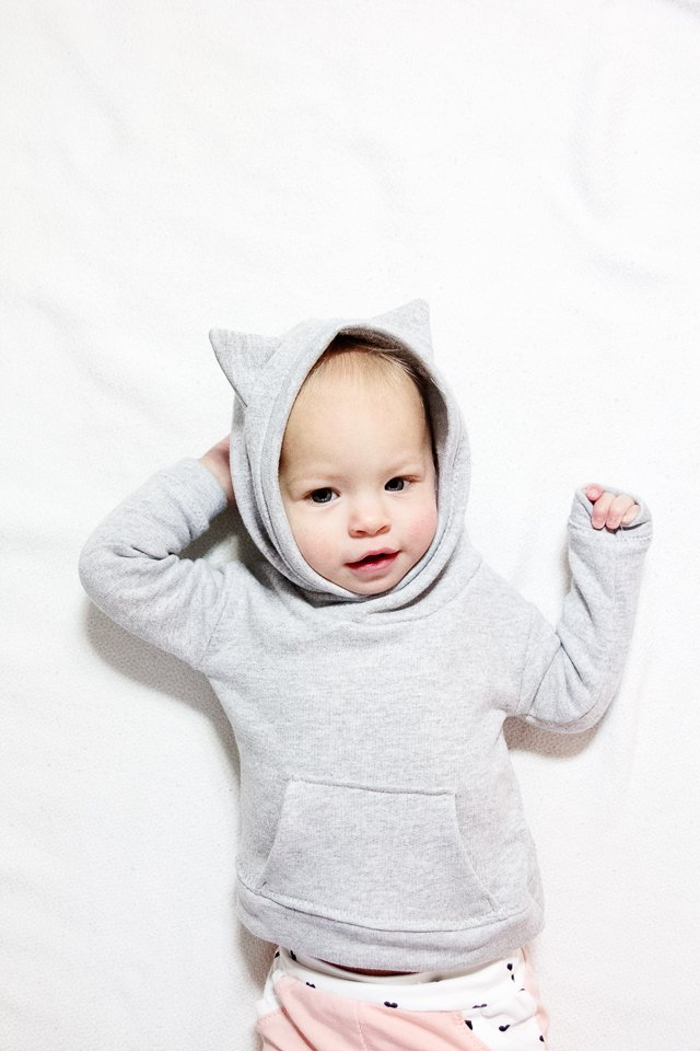 Baby Hoodie Pattern | French Terry Baby Hoodie + Track Pants Pattern | diy baby clothing | handmade baby clothing | handmade kids clothes | sewing kids clothing | sewing tips and tricks | sewing tutorials | how to sew a baby hoodie | baby hoodie and pants outfit || see kate sew #sewingtips #sewingtututorial #diybabyclothing