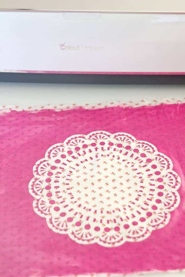 DIY doily placemat tutorial | See Kate Sew