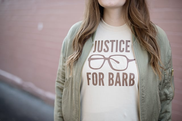 Justice For Barb Tee | Stranger Things Inspired DIY Tees | stranger things tees | diy tshirt ideas | fun tshirt designs | DIY tshirt ideas | stranger things shirt || See Kate Sew #diytshirt #strangerthings #funtee