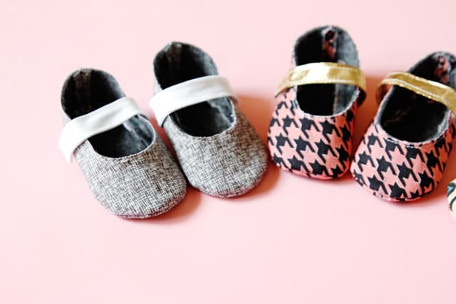 Baby Shoes Pattern CricutXSimplicity
