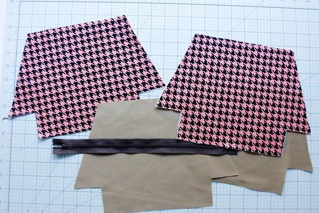 Flat Bottom Zipper Pouch Tutorial