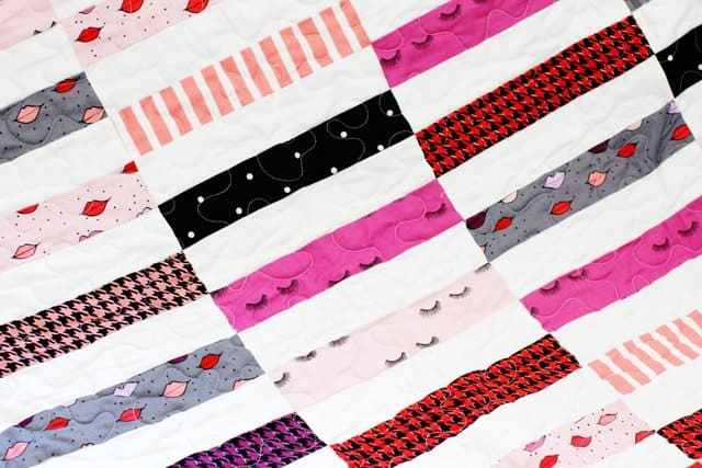 Jelly Roll Quilt Pattern | Quilt Block of the Month | Jelly Roll Quilt | Lap Sized Quilt | Easy Quilt Projects | Monthly Quilt Projects | Quilt Tutorials || See Kate Sew #quilttutorials #quiltblockofthemonth #easyquilts #quilting #jellyrollquilt #seekatesew