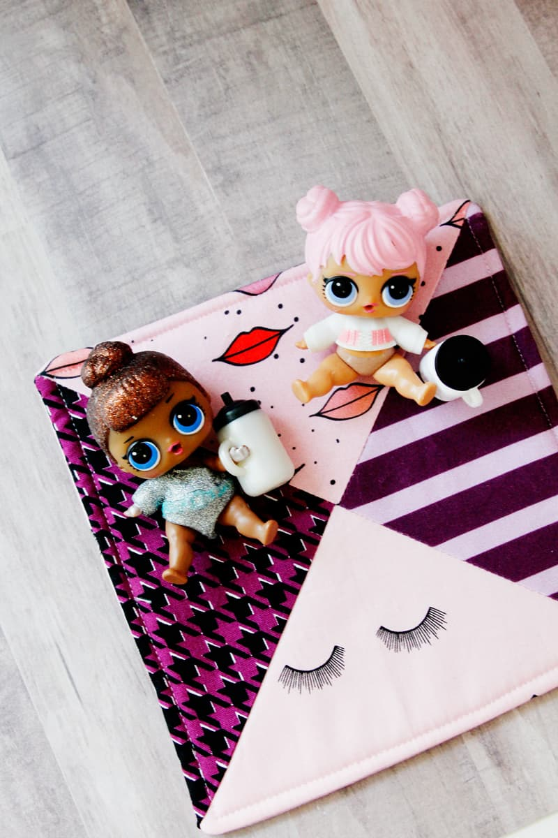 Get your craft on with these 10 LOL Doll Crafts! Easy to make and fun to play with, these crafts only need little scraps of material and encourage hours of imaginative play! || See Kate Sew #loldolls #dollcrafts #kidstoys #dollaccessories #seekatesew