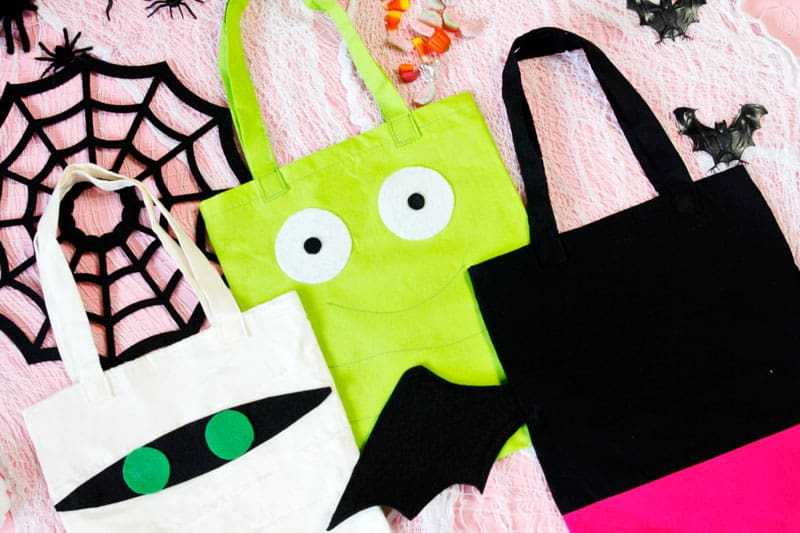 DIY Trick or Treat Halloween Bags | Trick or Treat | Trick or Treat Bags | DIY Trick or Treat Bags | Halloween Bags | DIY Halloween Bags | Hotel Transylvania 3 Bags | Character Tote Bags | Hotel Transylvania 3 Character Tote Bags || See Kate Sew #trickortreat #diytrickortreat #diyhalloweenbag #hoteltransylvania #seekatesew
