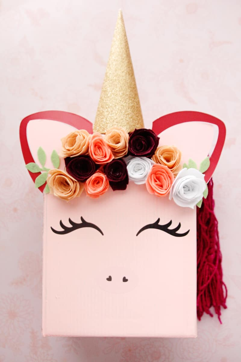 DIY Unicorn Valentines + Box   DIY Valentine Box   DIY Valentine Craft   DIY Valentines   DIY Unicorn Valentines   How to Make  Valentines using the Cricut Maker   DIY Flower Hair Clips   DIY Hair Clips    See Kate Sew #cricut #valentines #seekatesew