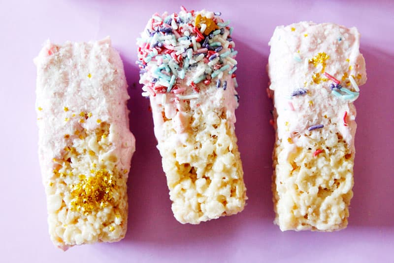 Unicorn Rice Krispie Treats with the Granola Bar Pan | The Granola Bar Pan is a silicone pan that mold granola bars and other goodies into the perfect bar shape. Hanging tab, fill lines, and no need to grease are just a few features of this amazing pan. These Unicorn Rice Krispie Treats were so easy and fun for the kids. || See Kate Sew #granolabarpan #unicorntreats #ricekrispietreatrecipe #seekatesew