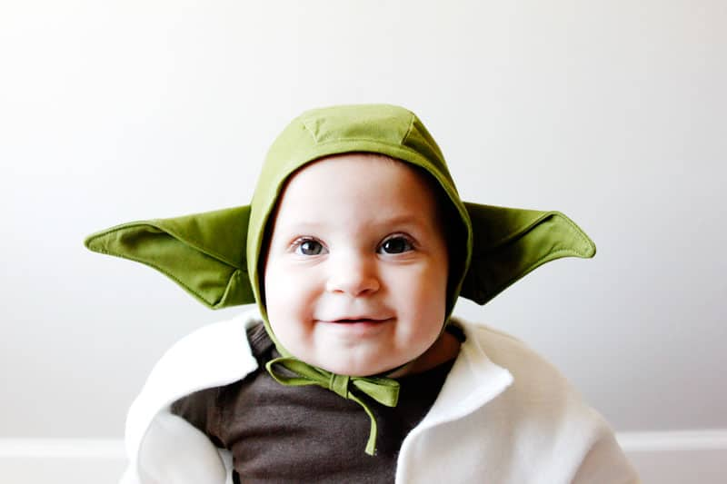 This DIY Yoda Baby Costume is only 3 pieces and really easy to create! A free download and able to fit most baby sizes, it's perfect for any Star Wars fans! || See Kate Sew #diybabycostume #starwarscostume #diyyoda #diyhalloweencostume #diyhalloween #seekatesew