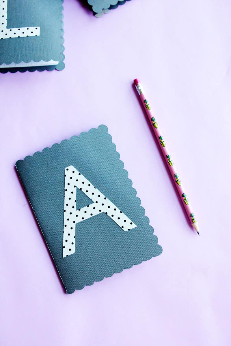 Get a head start on your gifts this season with these Monogram Journals! With a little help from the Cricut Explore Air 2, these journals are easy to make and perfect for stocking stuffers, party favors, or even as a stand alone gift. || See Kate Sew #diyjournals #cricut #cricutexploreair #cricutcrafts #diygifts #seekatesew